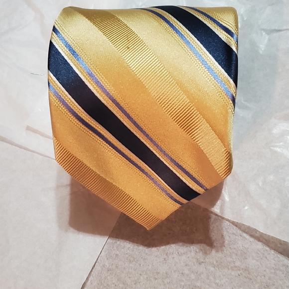 Mens Michael Kors all silk necktie